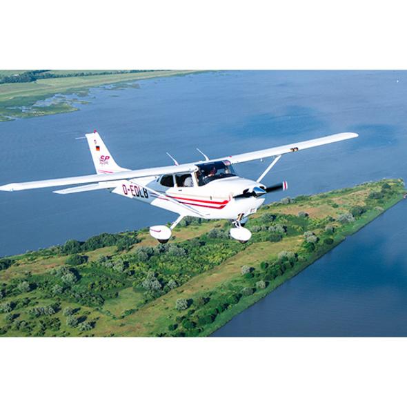 Frühstück & Cessna-Rundflug Hamburg für 2