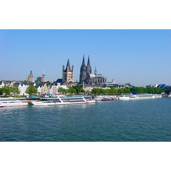 Frühstück & Stadtführung mit Schiffsrundfahrt Köln für 2